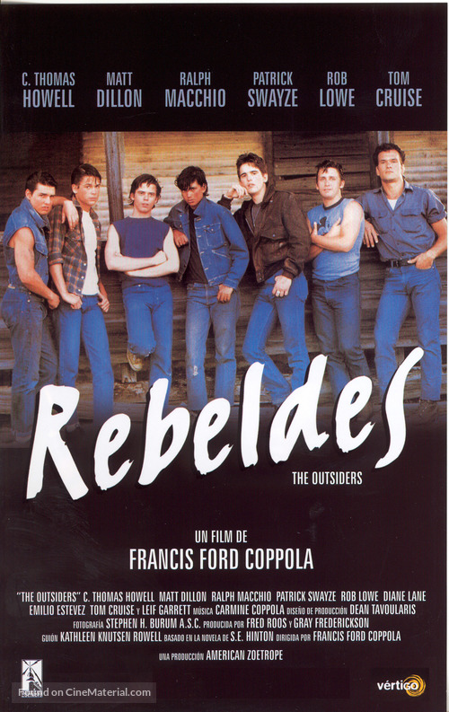 a review of the novel the outsiders When i read the outsiders, i read it five chapters at a time - enough for me to plan for a week of teaching, but also just enough for me to get into the plot and get to know the characters in small doses.