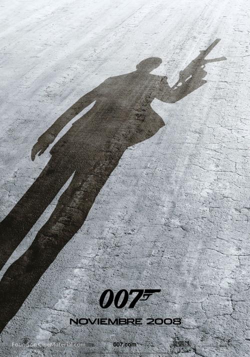 Quantum of Solace - Spanish Movie Poster