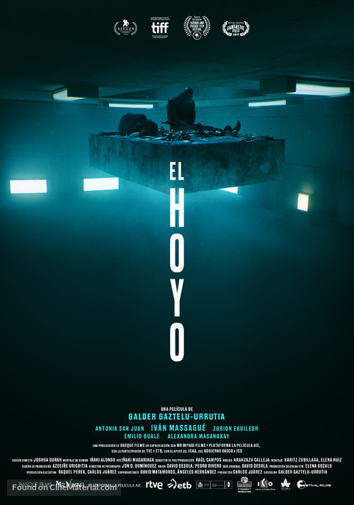 El Hoyo - Spanish Movie Poster